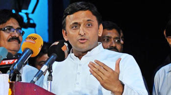 "Swami Prasad Maurya right person in the wrong party, says Akhilesh Yadav: ""Maurya is a strong leader. We have good relations. It is good that he left BSP,"" Akhilesh Yadav said."