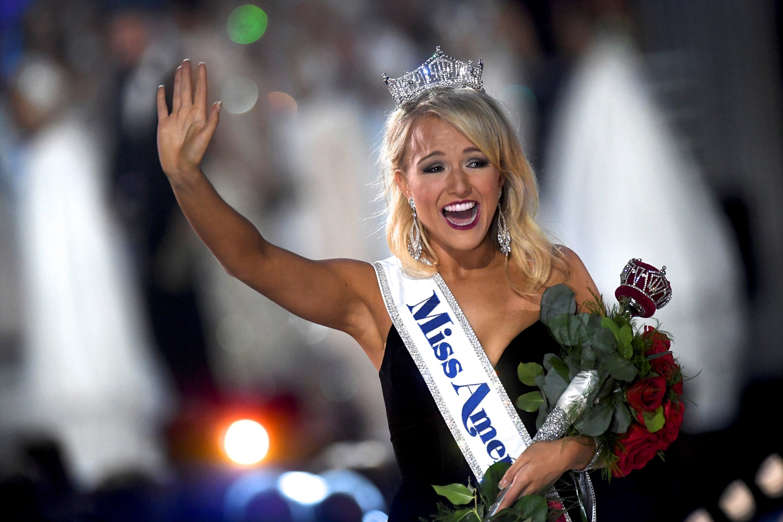 Miss Arkansas Savvy Shields, 21, reacts after winning the 96th Miss America Pageant inside Boardwalk Hall in Atlantic City, New Jersey September 11, 2016.