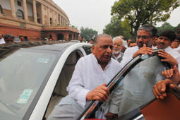 Firing on 'kar sevaks' was necessary: Mulayam