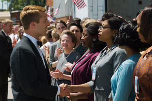 Katherine G. Johnson (Taraji P. Henson), flanked by fellow mathematicians Dorothy Vaughn (Octavia Spencer) and Mary Jackson (Janelle Monáe) meet the man they helped send into orbit, John Glenn (Glen Powell), in HIDDEN FIGURES.