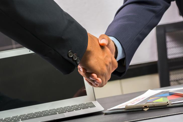 握手 合作