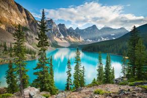 Turquoise, glacier-fed Lake Moraine in Canada's awe-inspiring Banff National Par...