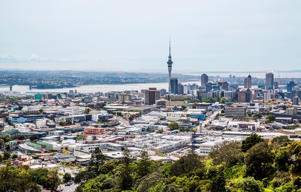 New Zealand, North Island, Auckland, view of Auckland CBD from Mt Eden Domain