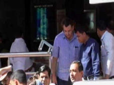 Cyrus Mistry Visits Shani Temple, Says 'Everything Will Be Fine'