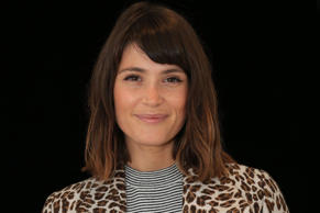 <p>​Gemma Arterton got rid of her shoulder-length brunette locks and opted for a...