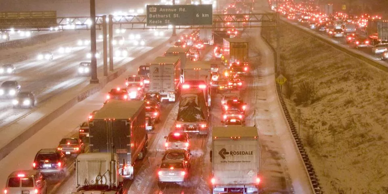 Winterís first snarl. Snowstorm hammers southern Ontario, leaves Toronto in gridlock. Today's foul weather caused huge delays along the 401. Mark O'Neill, Toronto Sun