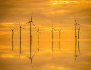 Offshore wind 'to lower energy bills'