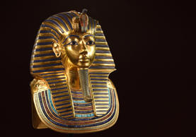 MUNICH, GERMANY - APRIL 02:  The burial mask of Egyptian Pharaoh Tutankhamun is ...