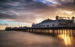Brighton Pier captures the kiss-me-quick appeal of a traditional British seaside holiday CREDIT: AP/FOTOLIA