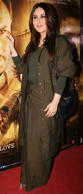 Hit: At the special screening of Rangoon, Kareena Kapoor's look included a lovel...