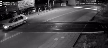 Car missed getting hit by train with a second to spare