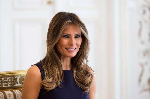 <!--:es-->Omarosa: Melania sería deportada si se divorcia de Trump<!--:-->