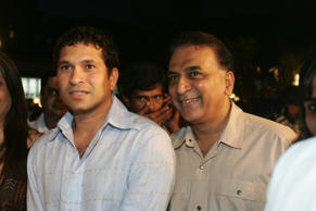 Indian cricketers Sachin Tendulkar and Sunil Gavaskar.
