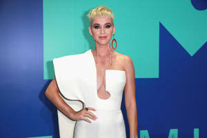 INGLEWOOD, CA - AUGUST 27: Katy Perry attends the 2017 MTV Video Music Awards at The Forum on August 27, 2017 in Inglewood, California. (Photo by Rich Fury/Getty Images)