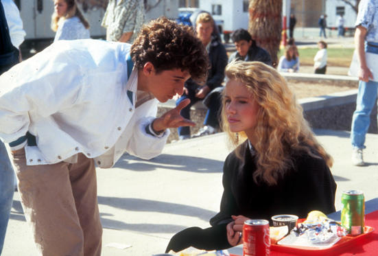 Diapositiva 1 de 35: Can't Buy Me Love, Patrick Dempsey, Amanda Peterson 1987