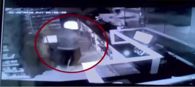 Caught on cam: Robbery at a private hospital in Karnataka