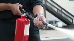 How to Use a Fire Extinguisher Before You Need It