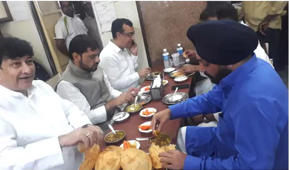 Cong leaders caught eating food before sitting on fast