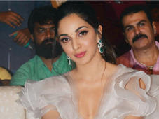 Mahesh Babu, Jr NTR and Kiara Advani at Bharat Ane Nenu pre-release event: Actress Kiara Advani gets clicked on her arrival at Bharat Ane Nenu pre-release event.