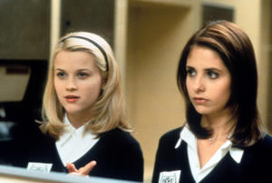 Reese Witherspoon and Sarah Michelle Gellar in a scene from the film 'Cruel Intentions', 1999.