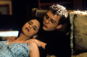 Sarah Michelle Gellar passed out on top of Ryan Phillippe in a scene from the film 'Cruel Intentions', 1999.