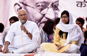 Yashwant Sinha shares stage in support of Delhi Commission for Women (DCW) chief Swati Maliwal