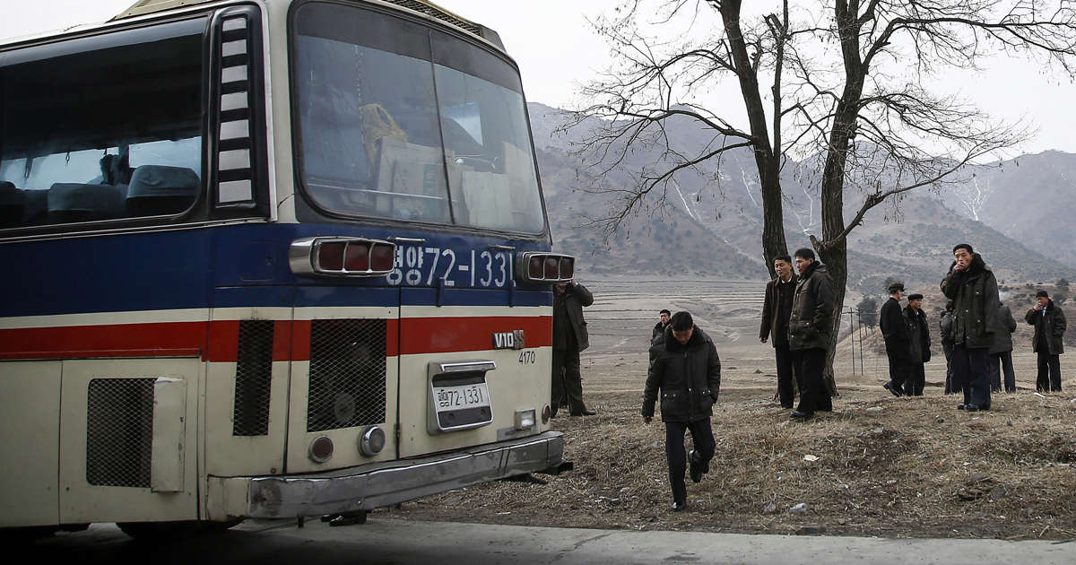 China says many Chinese casualties in N.Korea bus crash