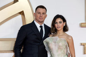 Actor Channing Tatum and Partner Jenna Dewan Tatum pose for photographers on arrival at the premiere of the film 'Kingsman The Golden Circle', in London, Monday, Sept. 18, 2017. (Photo by Grant Pollard/Invision/AP)