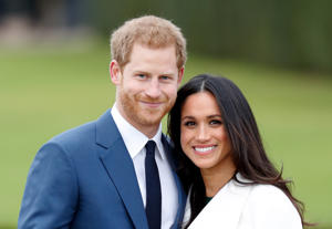 Prince Harry and Meghan Markle attend an official photocall to announce their engagement at The Sunken Gardens, Kensington Palace on November 27, 2017 in London, England. Prince Harry and Meghan Markle have been a couple officially since November 2016 and are due to marry in Spring 2018. (Photo by Max Mumby/Indigo/Getty Images)