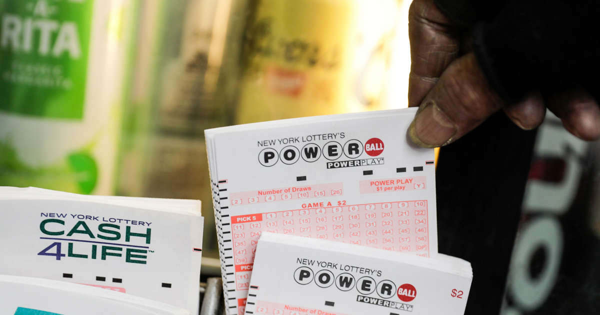 Lawyer for trust claims $457 million Powerball ticket