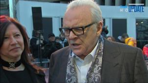 a man and woman posing for the camera: Anthony Hopkins Doesn't Know If His Estranged Daughter Has Kids: 'I Don't Care'