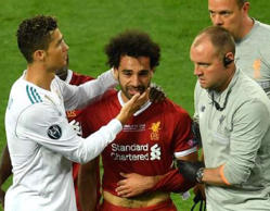 Why Ronaldo was first to console Salah after his injury?