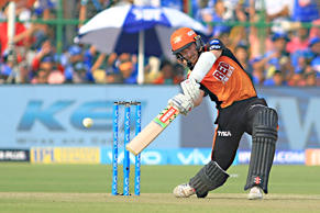 Sunrisers  Hyderabad batsman Kane Williamson  plays a shot during the IPL T20 match against Rajasthan Royals at Sawai Mansingh Stadium in Jaipur on 29th April,2018.(Photo by Vishal Bhatnagar/NurPhoto via Getty Images)