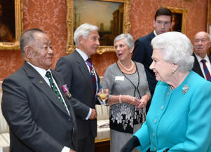 The Queen talks to Rambahadur Limbu VC at the reception (John Stillwell/PA)