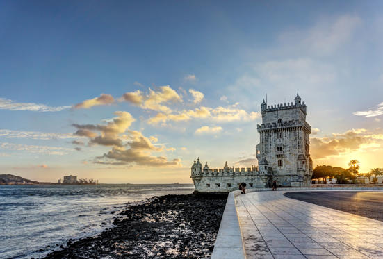 Slide 1 of 14: Torre de Belem