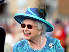 Queen Elizabeth II during a garden party at Buckingham Palace in London, Britain May 31, 2018. Yui Mok/Pool via REUTERS