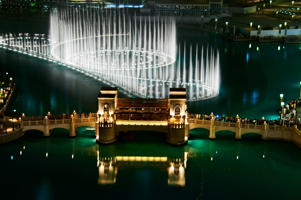 Dubai mall fountains, Burj Khalifa, UAE.