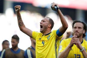 Soccer Football - World Cup - Group F - Sweden vs South Korea - Nizhny Novgorod Stadium, Nizhny Novgorod, Russia - June 18, 2018  Sweden's Andreas Granqvist celebrates victory after the match      REUTERS/Matthew Childs