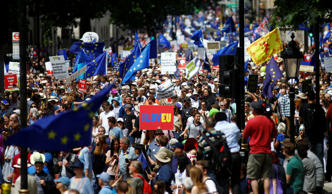 EU supporters, calling on the government to give Britons a vote on the final Brexit deal, participate in the 'People's Vote' march in central London, Britain June 23, 2018. REUTERS/Henry Nicholls