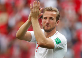 Soccer Football - World Cup - Group G - England vs Panama - Nizhny Novgorod Stadium, Nizhny Novgorod, Russia - June 24, 2018   England's Harry Kane applauds fans after the match         REUTERS/Matthew Childs