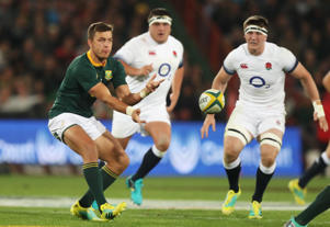 Handre Pollard of South Africa passes the ball during the first test between and South Africa and England at Ellis Park on June 9, 2018 in Johannesburg, South Africa