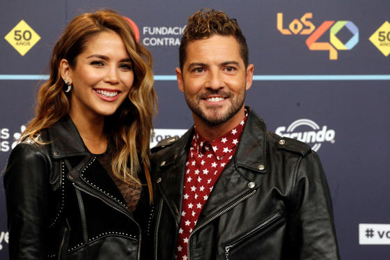 Diapositiva 1 de 51: BARCELONA, SPAIN - DECEMBER 01:  David Bisbal and Rosanna Zanetti attend the gala of Los 40 Music Awards 2016 on December 1, 2016 in Barcelona, Spain.  (Photo by Europa Press/Europa Press via Getty Images)