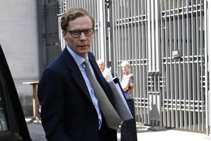 Cambridge Analytica's former CEO Alexander Nix arrives to give evidence to Parliament's Digital, Culture, Media and Sport (DCMS) Committee at Portcullis House in central London on June 6, 2018. - Cambridge Analytica suspended chief executive Alexander Nix on March 20 after recordings emerged of him boasting that the firm played an expansive role in the Trump campaign, doing all of its research, analytics as well as digital and television campaigns. (Photo by Tolga AKMEN / AFP)        (Photo credit should read TOLGA AKMEN/AFP/Getty Images)