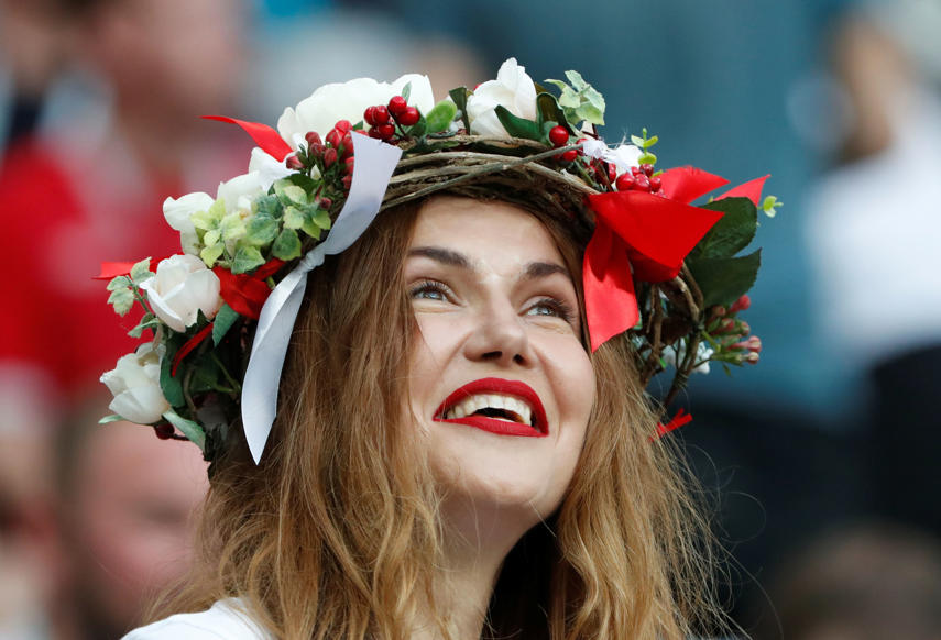 الشريحة 44 من 46: Soccer Football - World Cup - Semi Final - Croatia v England - Luzhniki Stadium, Moscow, Russia - July 11, 2018 England fan inside the stadium before the match REUTERS/Grigory Dukor