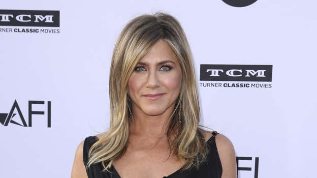 Jennifer Aniston and her closet friends found themselves in a frightening situation just two hours into to their flight.