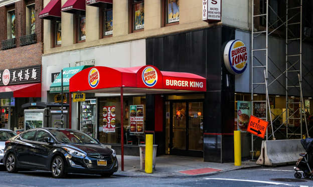 幻灯片 43 - 2: I went to a Burger King in the Financial District of Manhattan, New York.