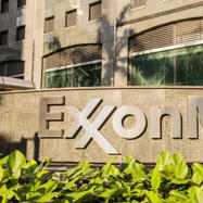 Darren Woods Must Address ESG Concerns to Save Exxon Mobil Stock