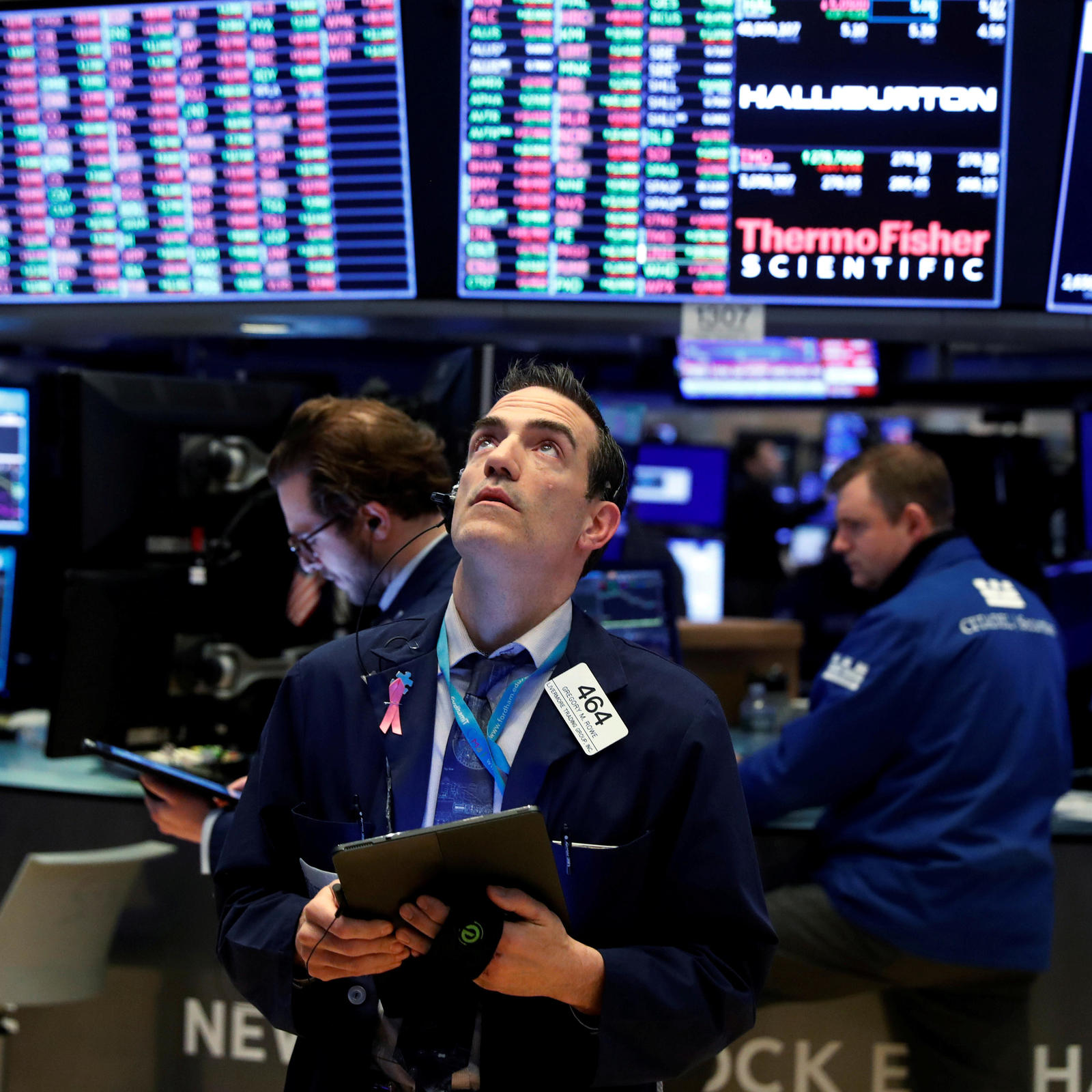USA stocks rise as Nasdaq hits fresh record_china