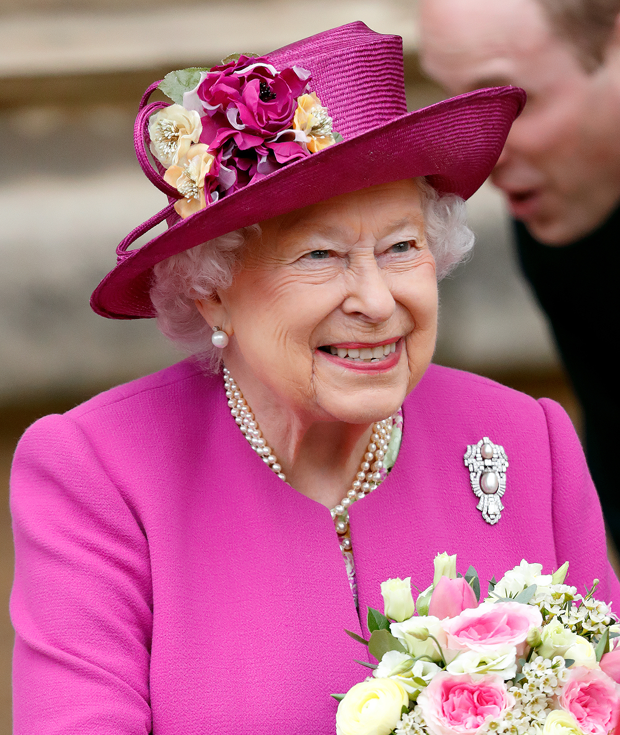 The Queen sends message of 'hope and light' on Easter Sunday
