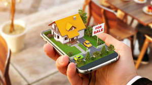 a hand holding a cellphone: online real estate shares
